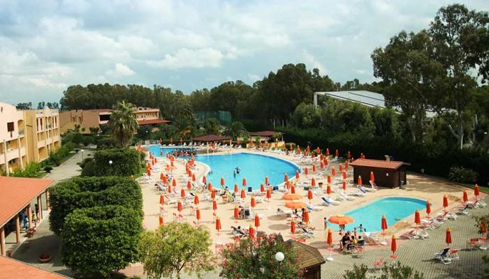 Nova Siri Village piscine