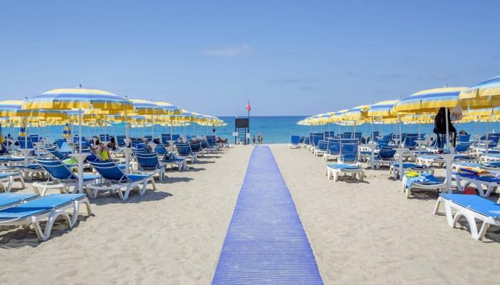 Hotel club Costa Verde spiaggia cefalù