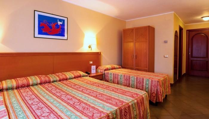Florio Park hotel camera standard