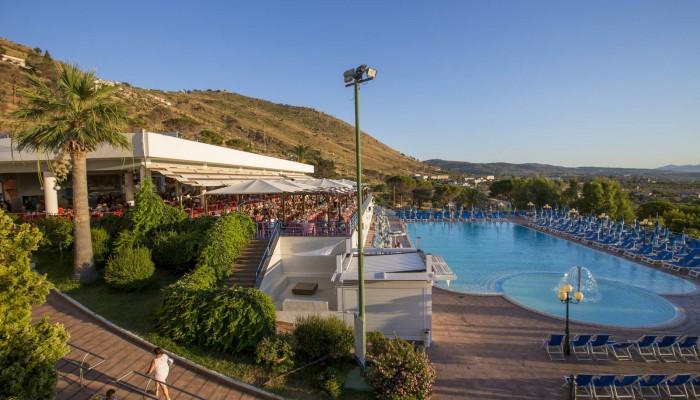 Hotel club Costa Verde piscina