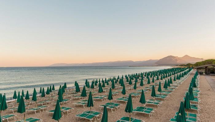 Club Hotel Marina Beach spiaggia