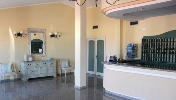 Club Hotel Baia Aranzos hall