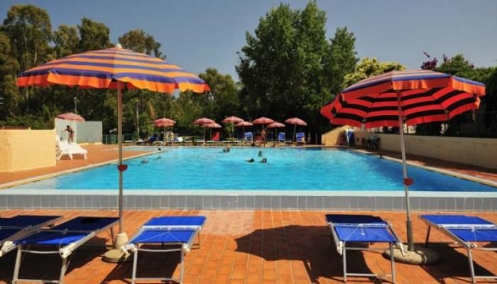 Hotel Eurovillage piscina