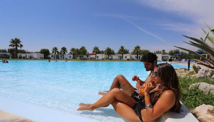 Villaggio Torre Rinalda piscina
