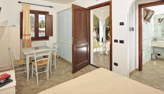 Marina Torre Navarrese Resort camere family