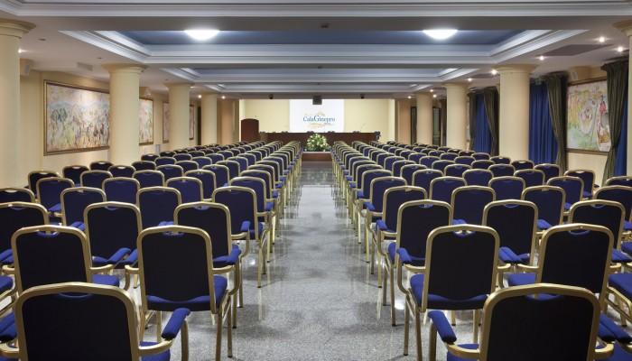 Cala Ginepro Hotel Resort sala congressi