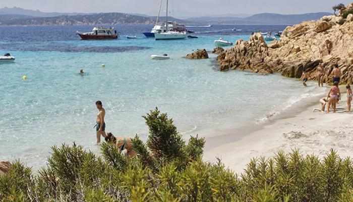 Club Esse Posada Beach Resort spiaggia