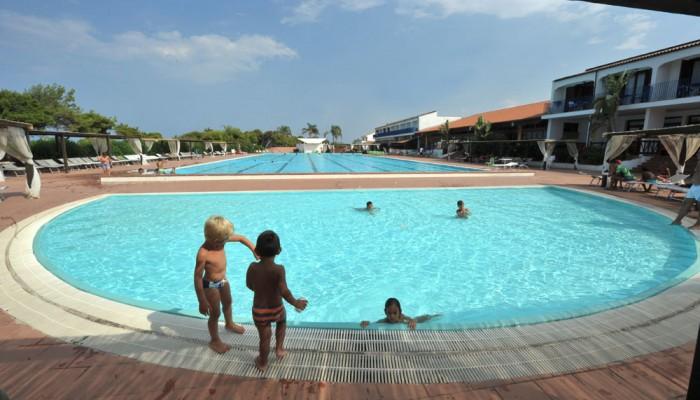 Hotel Santa Sabina piscina