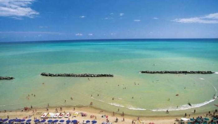 Hotel Serena Majestic spiaggia Montesilvano