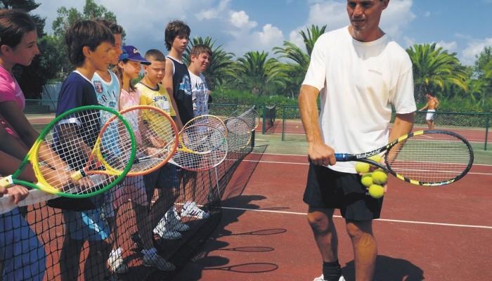 GranSerena Hotel tennis