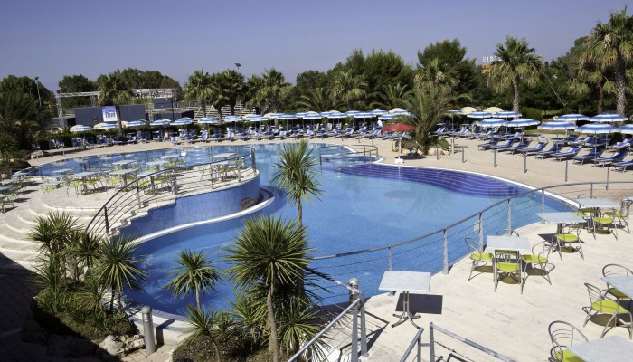 Blu Salento Village piscina