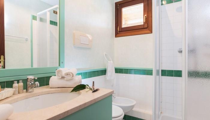 TH Liscia Eldi camera bagno