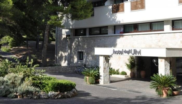 Pugnochiuso resort Hotel degli Ulivi