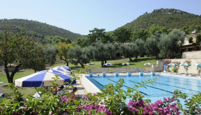 Pugnochiuso resort piscina