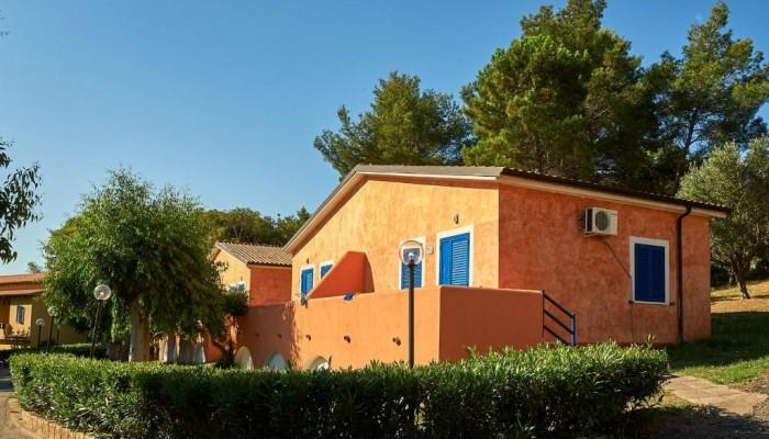 Villaggio l'Oasi Capo Rizzuto camera family vista estrerna