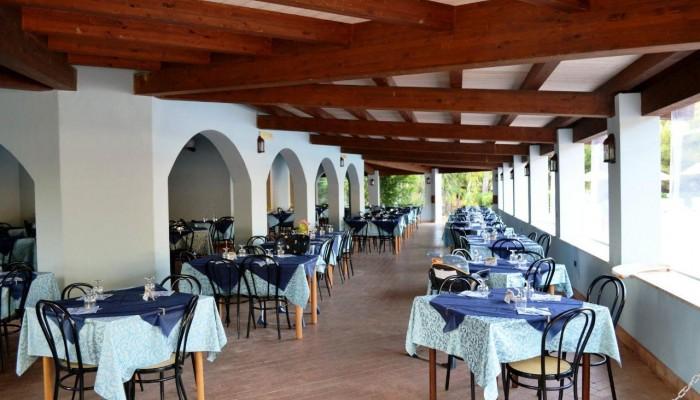 Villaggio l'Oasi Capo Rizzuto ristorante esterno