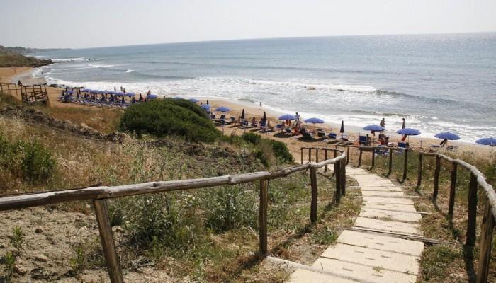 Villaggio l'Oasi Capo Rizzuto ingresso spiaggia