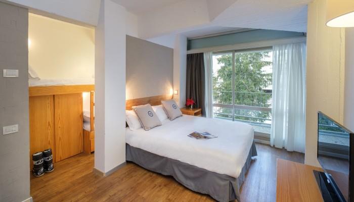 TH Marilleva 1400 camera quadrupla con letto a castello in legno