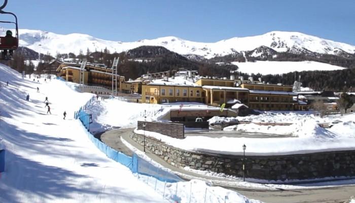 Hotel Pila direttamente sulle piste da sci