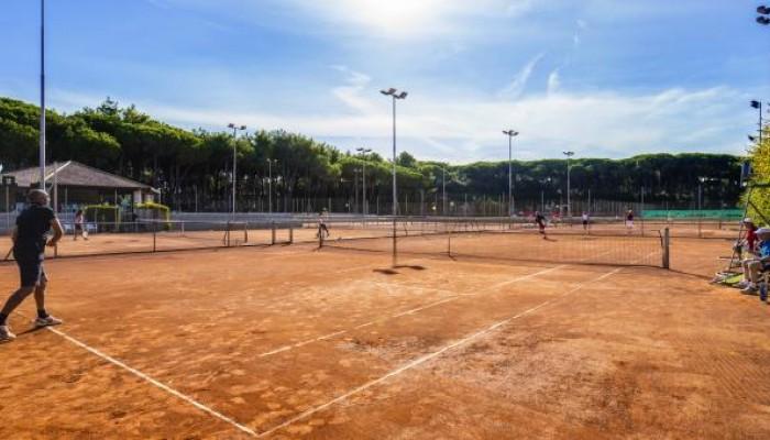 Garden Toscana Resort campo da tennis