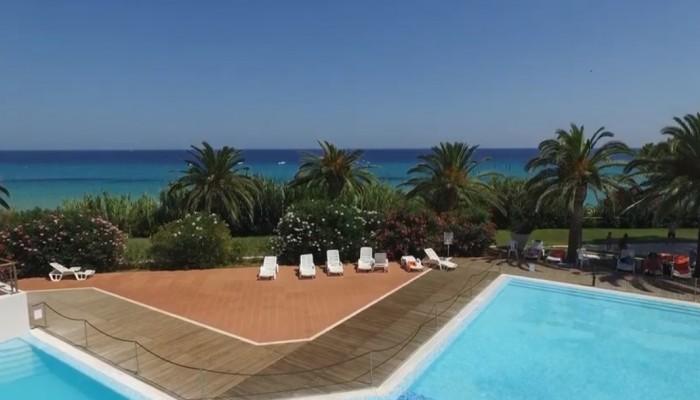 Free Beach Club villaggio sardegna costa rei direttamente sul mare