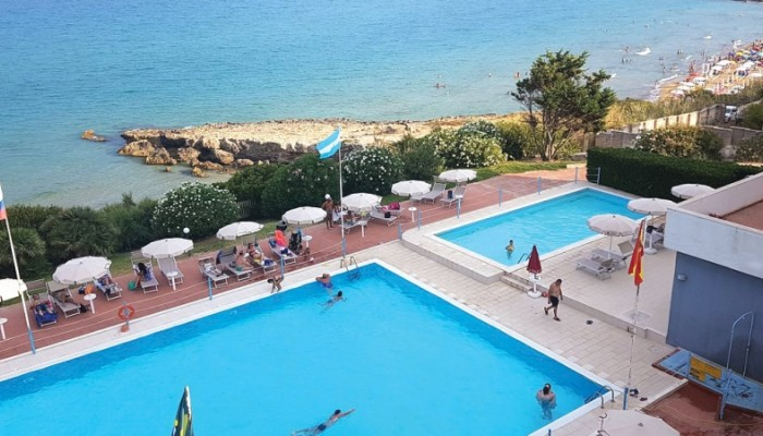 Hotel Club Helios vista piscina